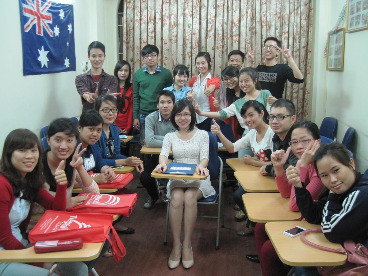 Cô giáo xì tin nên học trò cũng nhắng lắm. <3 ST1607