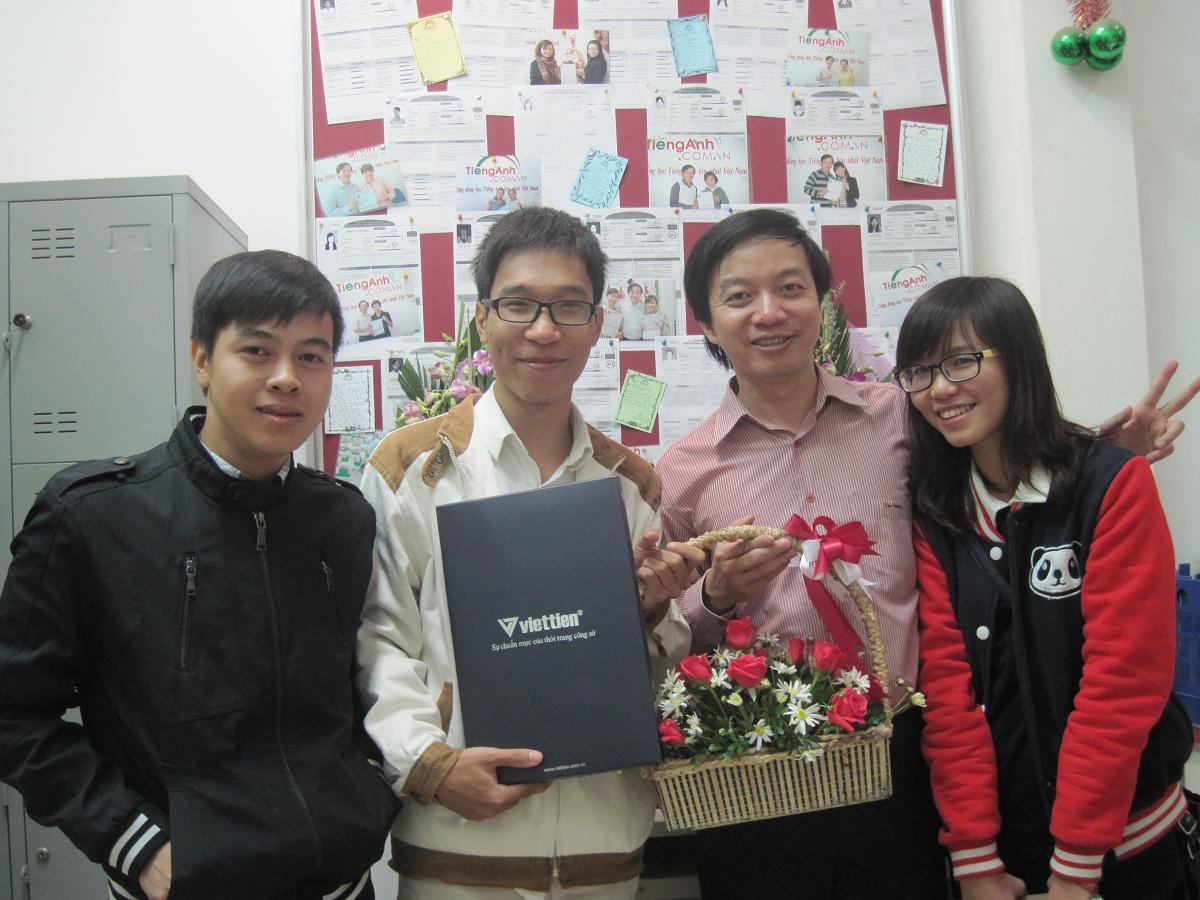 Học viên cũ lớp TC1508 chúc mừng thầy Tuấn nhân ngày 20/11